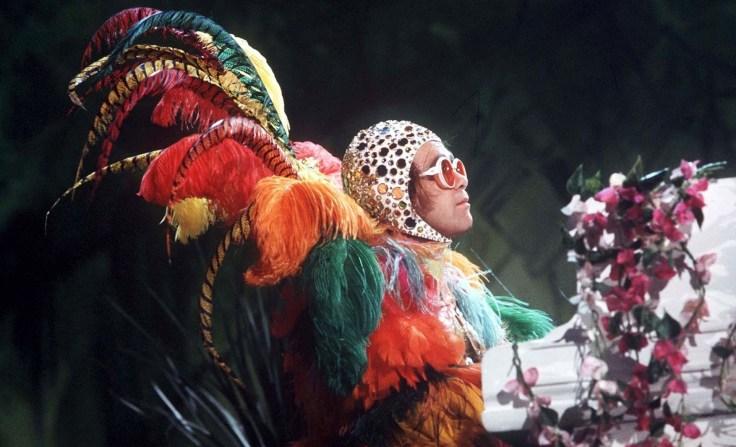 Elton-John-Muppet-Show-GQ-2sep13_rex_1926.jpg