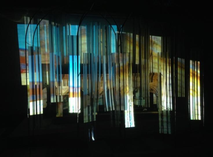 glasslightHRpic1